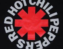 RHCP – Dark Necessities